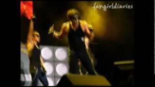 RAIN / BI: Hip Song - Live + SHOWING HIS ABS! [Fancam] [fangirldiaries.com]