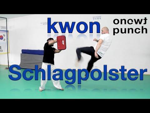 Schlagpolster Schlagkissen Pratze von Kwon im Test um deine Fußtechnik zu verbessern. One Two Punch