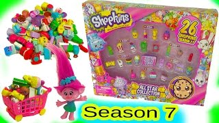 Trolls Poppy Shops at Small Mart for Season 7 Shopkins Blind Bags In All Star Collection