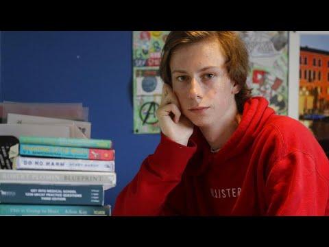 Βρετανία: Χάος στα πανεπιστήμια- «Πολλοί φοιτητές για λίγες θέσεις»…