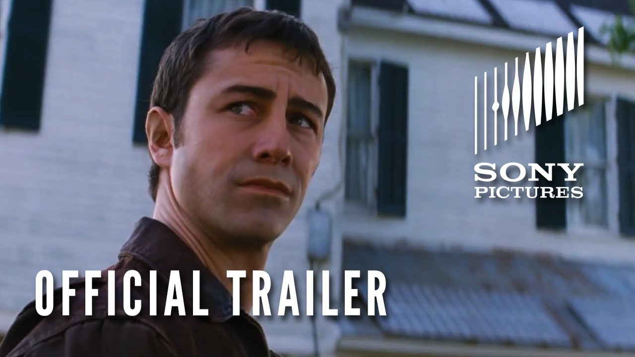 Movie Trailer:  Looper (2012)
