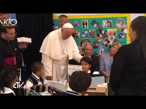Le Pape François rencontre des enfants de familles d'immigrés à Harlem