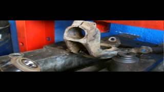 FORD FOCUS FRONT AXEL WHEEL BEARING REPLACMENT,PART 1.