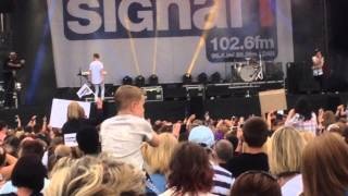 Bars and Melody live Shining Star at total access