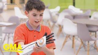 Mark Hamill tweets to boy with BB-8 arm | GMA