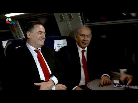PM Netanyahu tours the Yitzhak Navon Railway Station in Jerusalem