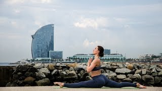 30 Minute Full Body Yoga Workout | Alyona Moves by Alyona Moves
