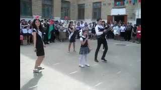 preview picture of video 'Son zeng,2012.Xacmaz 3 sayli mekteb.mp4'