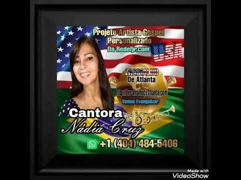 Cantora Nádia Cruz