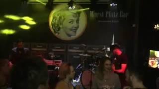 Vukasin Brajic - Zana - Dodirni Mi Kolena