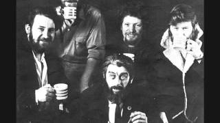 The Dubliners ~ A Pub with No Beer