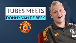 Who does Van de Beek think is the BEST Dutchman to play for Manchester United? 👀   Tubes Meets