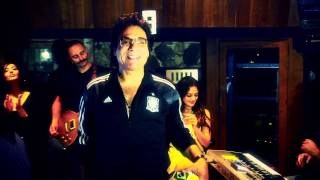Melli Poosh Ha New Version Music Video