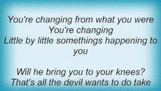 Evergrey - When The Walls Go Down Lyrics
