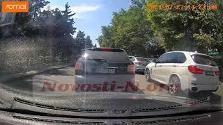 В центре Николаева столкнулись «Ниссан» и «Чери» (видео)