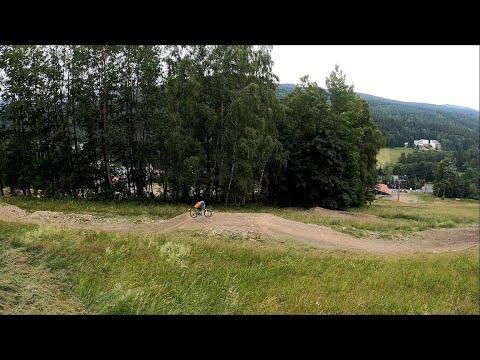Bikepark Karlov 2020 červená
