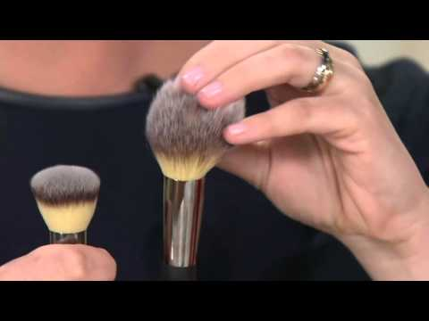 It Cosmetics x ULTA Airbrush Blurring Foundation Brush #101 by IT Cosmetics #10