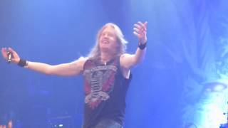 DragonForce - Valley of the Damned (Live in Montreal)