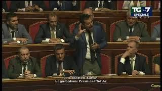 L'intervento di Matteo Salvini in Senato: 'Ho sentito l'amico Luigi Di Maio più di una volta ribadire in questi giorni 'votiamo il taglio di 345 parlamentari e poi andiamo subito al voto'. Prendo e rilancio, voteremo per anticipare il taglio di 345 parlamentari e poi andiamo subito al voto. Noi ci siamo, affare fatto!'