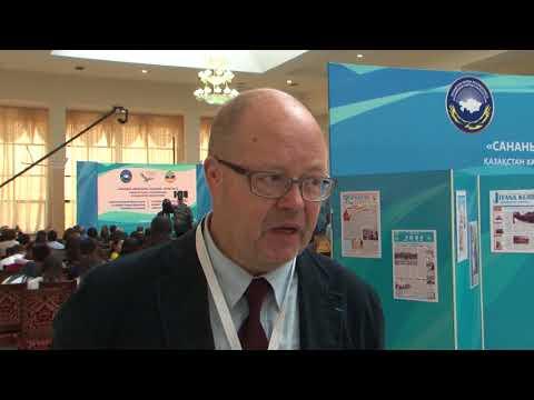 Российский журналист-международник и религиовед, писатель Кирилл Привалов