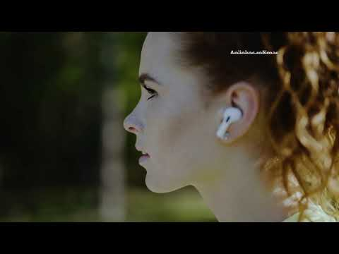 """Apple Watch ir AirPods Pro """"Aktyviam gyvenimui"""" Dalia Belickaitė"""