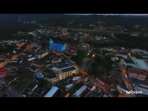 Favelacop sobrevoando a Cidade de Juquitiba