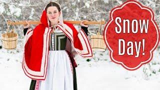 GRWM: Renaissance Snow Day!  - 16th Century Italian Clothing