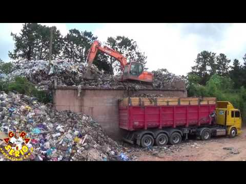 Secretaria de Meio Ambiente começa a retirar o lixão deixado pelo Ex Prefeito Francisco Junior