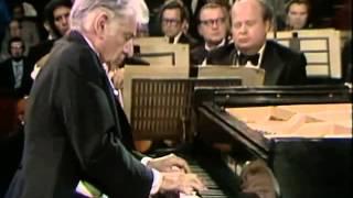 Bernstein performs Gershwin Rhapsody in Blue 12