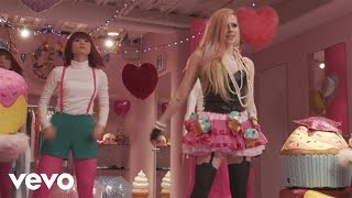 Avril Lavigne - Hello Kitty (Behind the Scenes Part 2)
