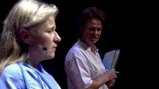 Replacement smokers: Pauline Dekker and Wanda de Kanter at TEDxNijmegen 2013