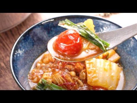 OSMICトマトジュースで濃厚スープ!「韓国風ピリ辛トマト鍋」【OSMICトマト簡単レシピ】