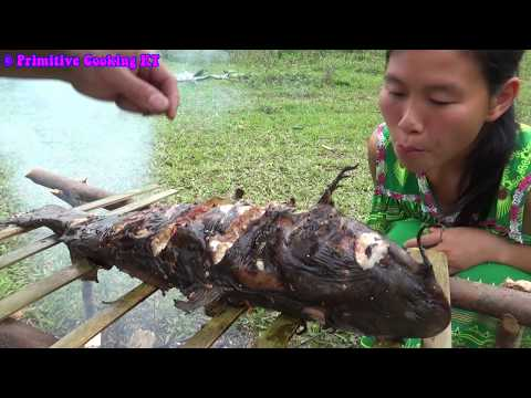 Survival skills - Finding food meet fish at river and cooking fish - Eating delicious
