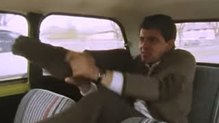 Getting Ready on the Way   Mr. Bean Official