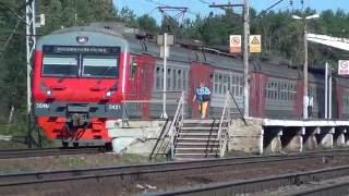 Электропоезд ЭД4М-0421 на перегоне Жилево-Ступино.