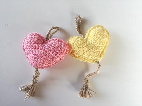Llavero con forma de corazón a ganchillo o crochet