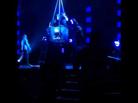 Criss Angel Illusion Magic Escape Goes VERY Wrong June 2015 – FOXWOODS Supernaturalists