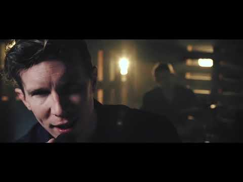 TransAtlantic Perform 'Sex On Fire'