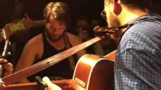 Bear's Den - 'Don't let the sun steal you away' - Live at The Tabernacle