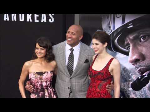 San andreas  dwayne johnson  alexandra daddario  carla cugino  amp  cast arrive to the world premiere