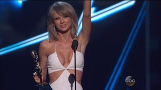 Billboard Awards: Taylor Swift Wins, Kanye Bleeped, Kendall and Kylie Booed