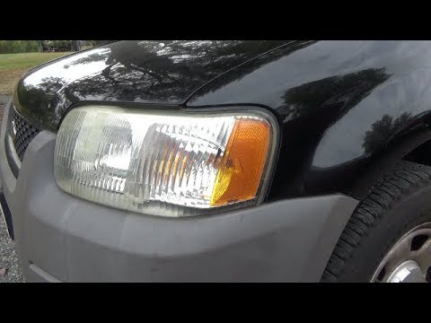 Front turn signal bulb replacement (2001-2007 Ford Escape)