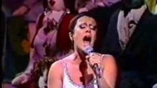 Elis Regina - Como Nossos Pais (Live)