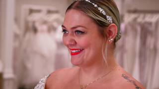 <b>Elle King</b> Says Yes To Her Dress