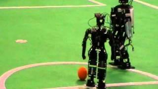 Final torneo de fútbol robot - Campus Party 2010 - 3