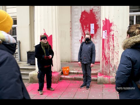 More guerrilla art from Burning Pink 'anti political' party