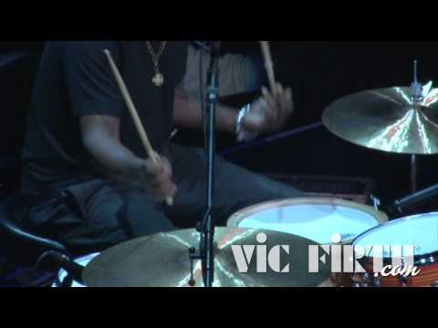 VIC FIRTH Steve Jordan Signature Hickorové palićky