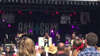 Dan and Shay - Party Girl - LIVE NYS Fair