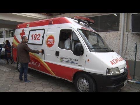 Um dia após prazo oficial, Prefeitura de Nova Friburgo entrega ambulância à população de Lumiar e São Pedro da Serra