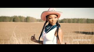 Lil Nas - Old Town Road Remix Jatavia Akiaa (Official Music Video)